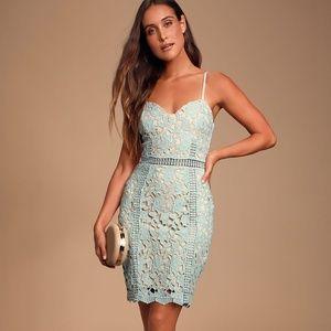 Giovanni Sage Green Lace Sleeveless Sheath Dress